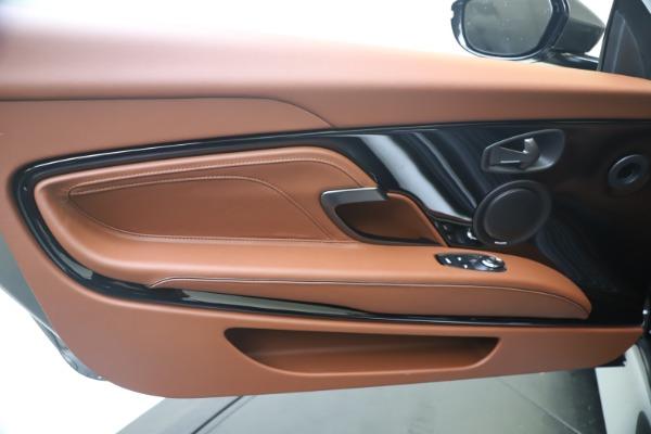 New 2020 Aston Martin DBS Superleggera Volante for sale $375,916 at Bugatti of Greenwich in Greenwich CT 06830 18