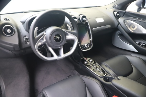 New 2020 McLaren GT Luxe for sale $247,125 at Bugatti of Greenwich in Greenwich CT 06830 14