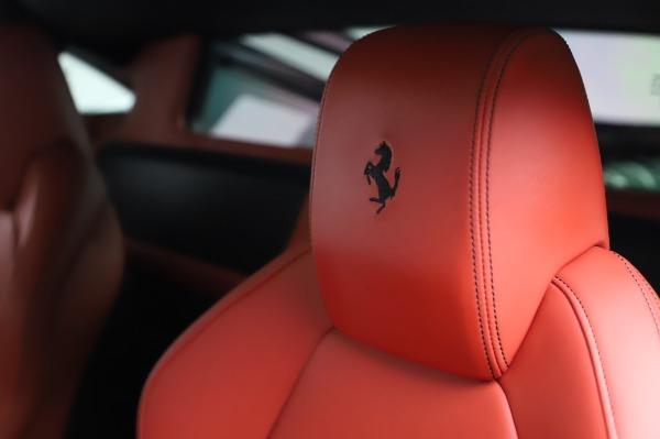 Used 2013 Ferrari 458 Italia for sale $229,900 at Bugatti of Greenwich in Greenwich CT 06830 17
