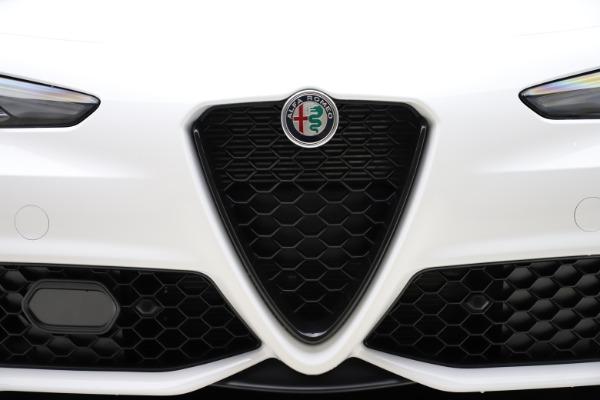 New 2020 Alfa Romeo Giulia Ti Sport Q4 for sale $51,495 at Bugatti of Greenwich in Greenwich CT 06830 26