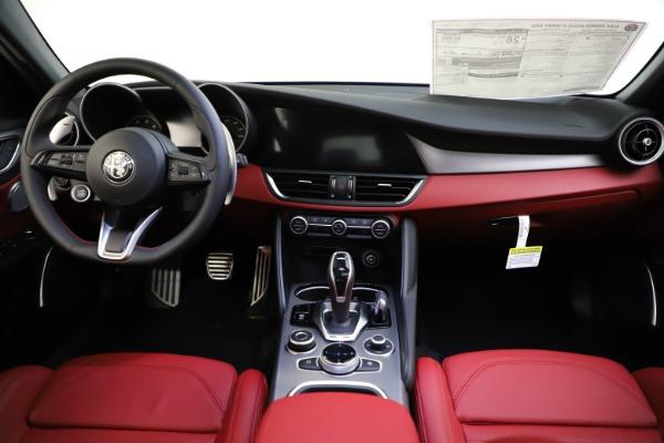 New 2020 Alfa Romeo Giulia Ti Sport Q4 for sale $52,395 at Bugatti of Greenwich in Greenwich CT 06830 16