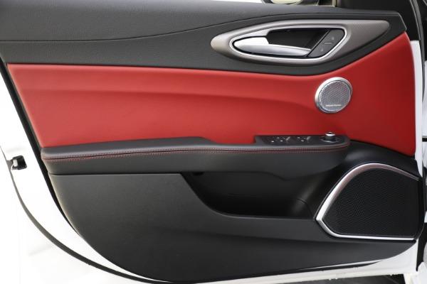 New 2020 Alfa Romeo Giulia Ti Sport Q4 for sale $52,395 at Bugatti of Greenwich in Greenwich CT 06830 17