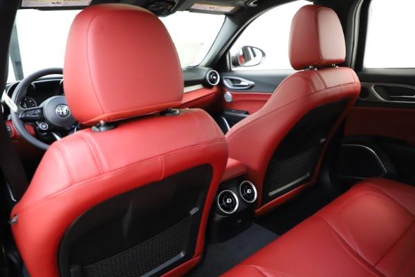 New 2020 Alfa Romeo Giulia Ti Sport Q4 for sale $52,395 at Bugatti of Greenwich in Greenwich CT 06830 20