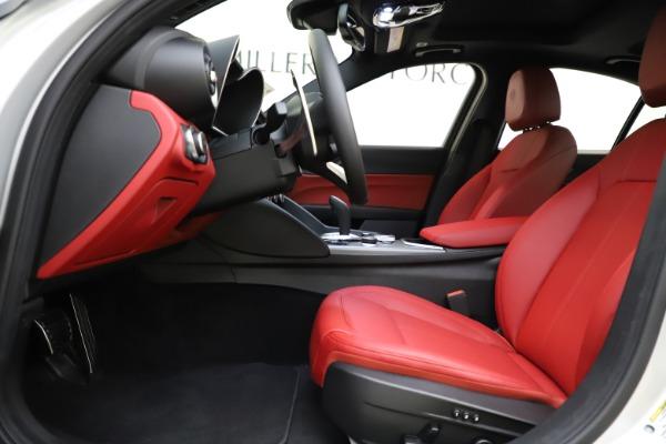 New 2020 Alfa Romeo Giulia Sport Q4 for sale Sold at Bugatti of Greenwich in Greenwich CT 06830 14