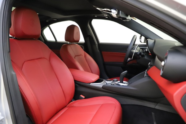 New 2020 Alfa Romeo Giulia Sport Q4 for sale Sold at Bugatti of Greenwich in Greenwich CT 06830 21