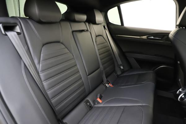 New 2020 Alfa Romeo Stelvio Ti Sport Carbon Q4 for sale Sold at Bugatti of Greenwich in Greenwich CT 06830 26