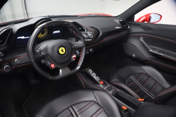 Used 2018 Ferrari 488 Spider for sale $286,900 at Bugatti of Greenwich in Greenwich CT 06830 17