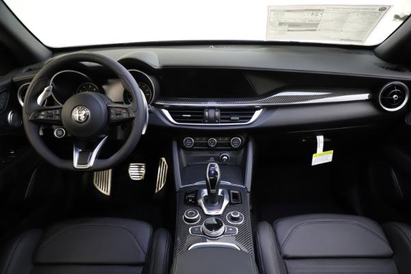 New 2020 Alfa Romeo Stelvio Ti Sport Carbon Q4 for sale Sold at Bugatti of Greenwich in Greenwich CT 06830 16