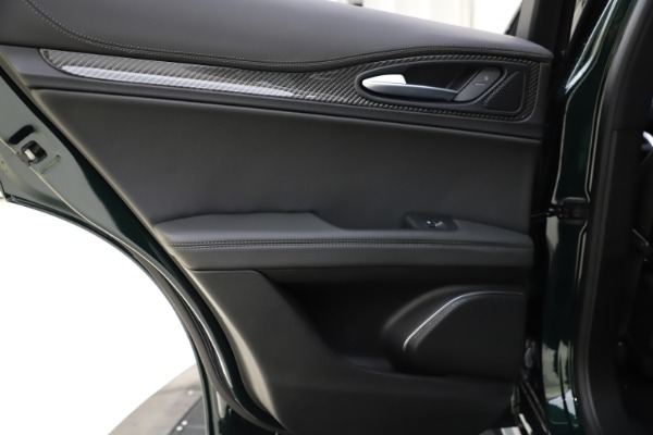New 2020 Alfa Romeo Stelvio Ti Sport Carbon Q4 for sale Sold at Bugatti of Greenwich in Greenwich CT 06830 21