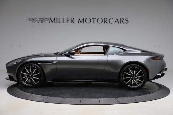 Used 2017 Aston Martin DB11 for sale $155,900 at Bugatti of Greenwich in Greenwich CT 06830 2