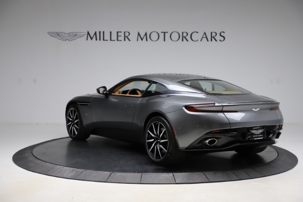 Used 2017 Aston Martin DB11 for sale $155,900 at Bugatti of Greenwich in Greenwich CT 06830 4