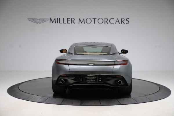 Used 2017 Aston Martin DB11 for sale $155,900 at Bugatti of Greenwich in Greenwich CT 06830 5