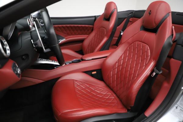 Used 2017 Ferrari California T for sale Sold at Bugatti of Greenwich in Greenwich CT 06830 18