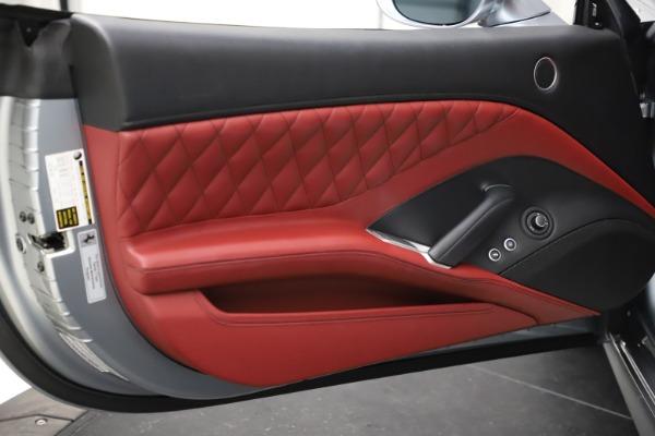 Used 2017 Ferrari California T for sale Sold at Bugatti of Greenwich in Greenwich CT 06830 25