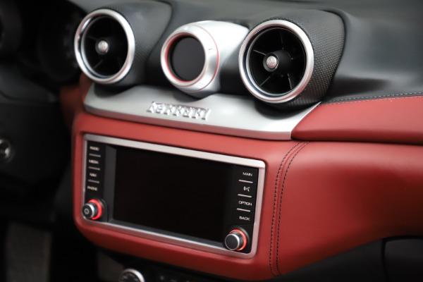 Used 2017 Ferrari California T for sale Sold at Bugatti of Greenwich in Greenwich CT 06830 28