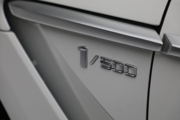 New 2021 Aston Martin DBX for sale $211,636 at Bugatti of Greenwich in Greenwich CT 06830 23