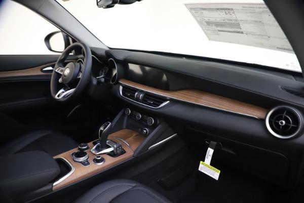 New 2020 Alfa Romeo Stelvio Ti Lusso Q4 for sale Sold at Bugatti of Greenwich in Greenwich CT 06830 24