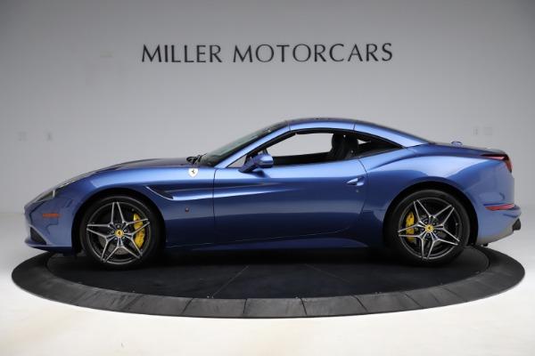 Used 2018 Ferrari California T for sale $185,900 at Bugatti of Greenwich in Greenwich CT 06830 14