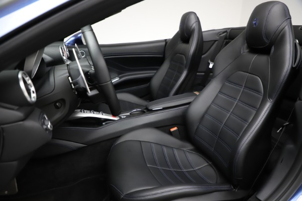 Used 2018 Ferrari California T for sale Sold at Bugatti of Greenwich in Greenwich CT 06830 19