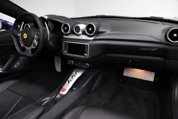 Used 2018 Ferrari California T for sale $185,900 at Bugatti of Greenwich in Greenwich CT 06830 23