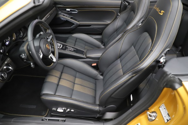 Used 2019 Porsche 911 Turbo S Exclusive for sale $249,900 at Bugatti of Greenwich in Greenwich CT 06830 19
