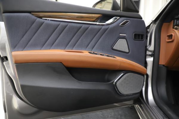 Used 2017 Maserati Quattroporte S Q4 GranLusso for sale $59,900 at Bugatti of Greenwich in Greenwich CT 06830 17