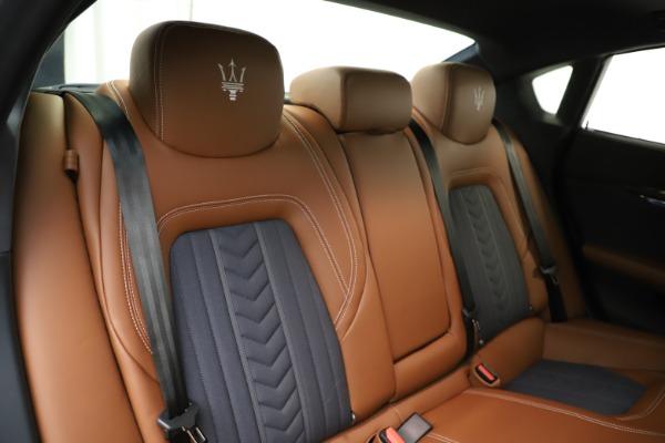 Used 2017 Maserati Quattroporte S Q4 GranLusso for sale $59,900 at Bugatti of Greenwich in Greenwich CT 06830 26