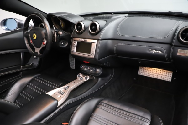 Used 2013 Ferrari California 30 for sale $103,900 at Bugatti of Greenwich in Greenwich CT 06830 24
