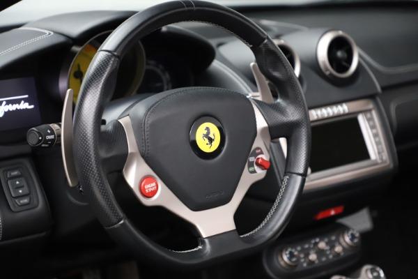 Used 2013 Ferrari California 30 for sale $103,900 at Bugatti of Greenwich in Greenwich CT 06830 27