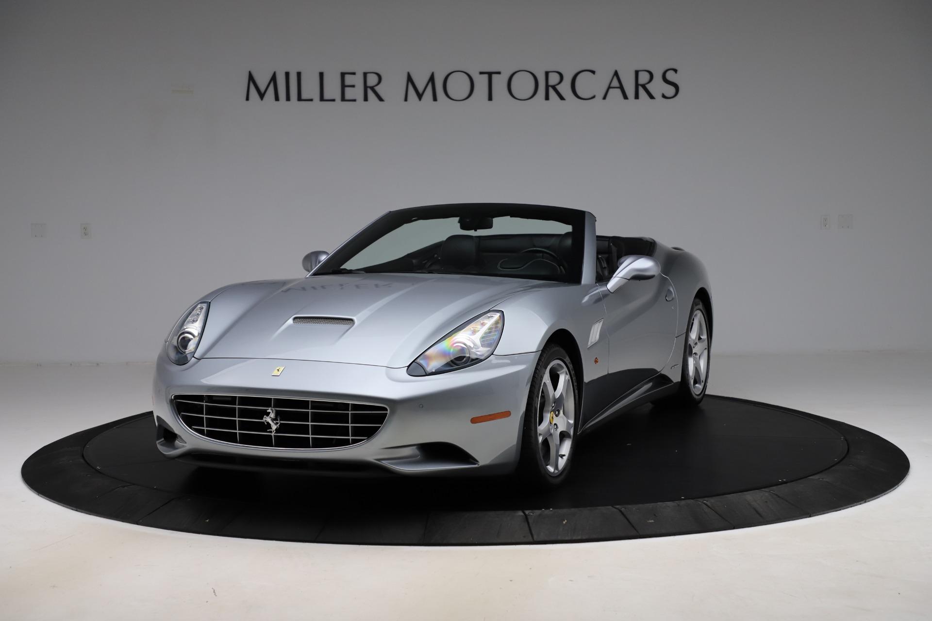 Used 2013 Ferrari California 30 for sale $103,900 at Bugatti of Greenwich in Greenwich CT 06830 1