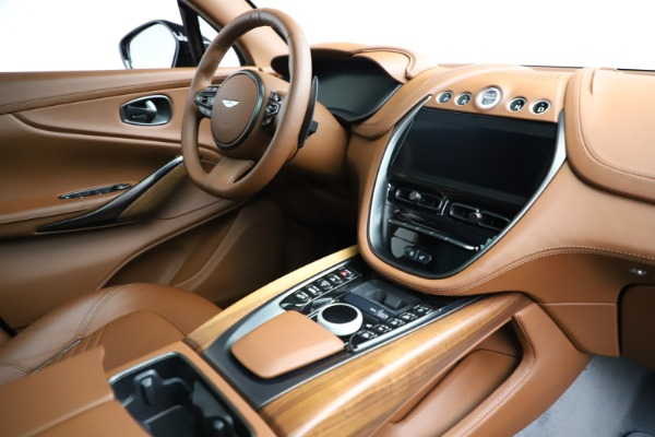 New 2021 Aston Martin DBX for sale $229,486 at Bugatti of Greenwich in Greenwich CT 06830 21