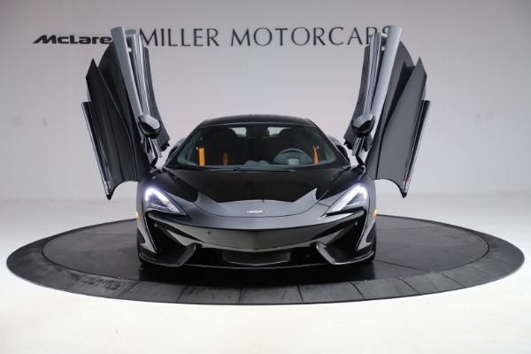 Used 2019 McLaren 570S for sale $177,900 at Bugatti of Greenwich in Greenwich CT 06830 12