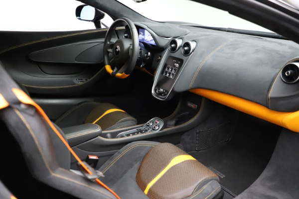 Used 2019 McLaren 570S for sale $177,900 at Bugatti of Greenwich in Greenwich CT 06830 19