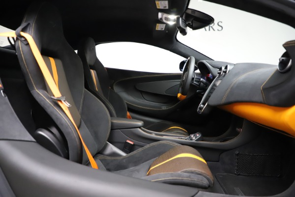 Used 2019 McLaren 570S for sale $177,900 at Bugatti of Greenwich in Greenwich CT 06830 20