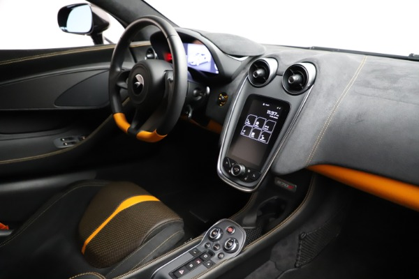 Used 2019 McLaren 570S for sale $177,900 at Bugatti of Greenwich in Greenwich CT 06830 22