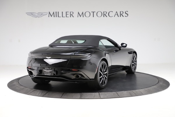 New 2021 Aston Martin DB11 Volante for sale $254,416 at Bugatti of Greenwich in Greenwich CT 06830 27