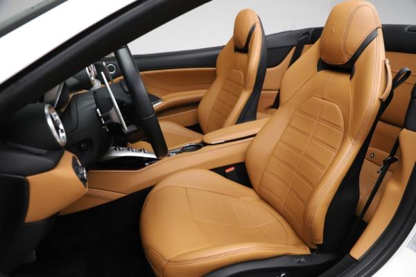 Used 2018 Ferrari California T for sale $169,900 at Bugatti of Greenwich in Greenwich CT 06830 19
