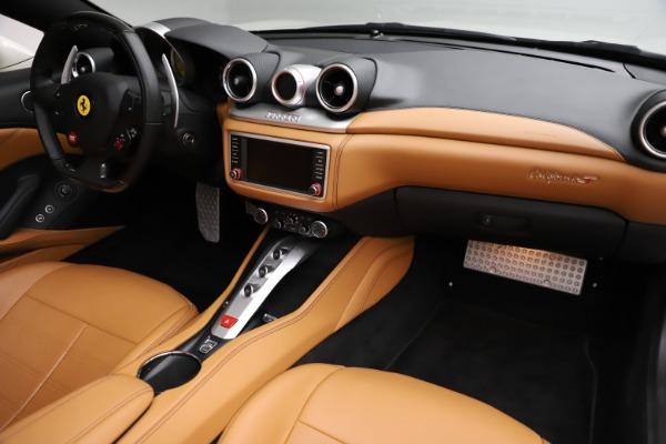 Used 2018 Ferrari California T for sale $169,900 at Bugatti of Greenwich in Greenwich CT 06830 23