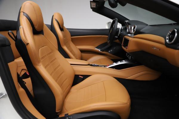 Used 2018 Ferrari California T for sale $169,900 at Bugatti of Greenwich in Greenwich CT 06830 24