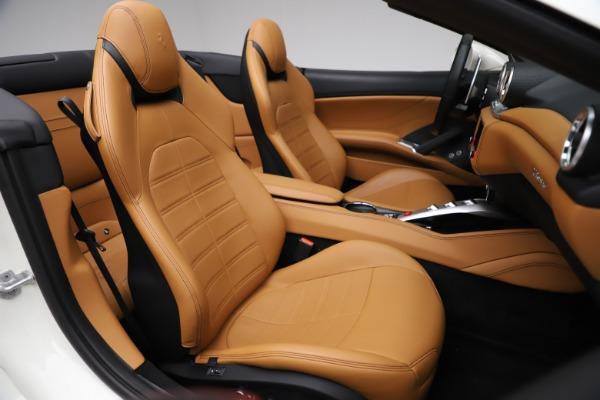 Used 2018 Ferrari California T for sale $169,900 at Bugatti of Greenwich in Greenwich CT 06830 25