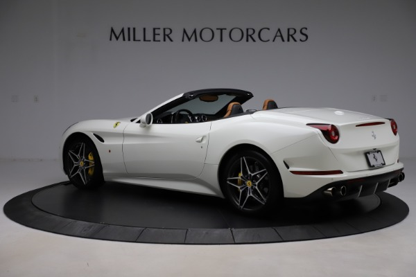 Used 2018 Ferrari California T for sale $169,900 at Bugatti of Greenwich in Greenwich CT 06830 4