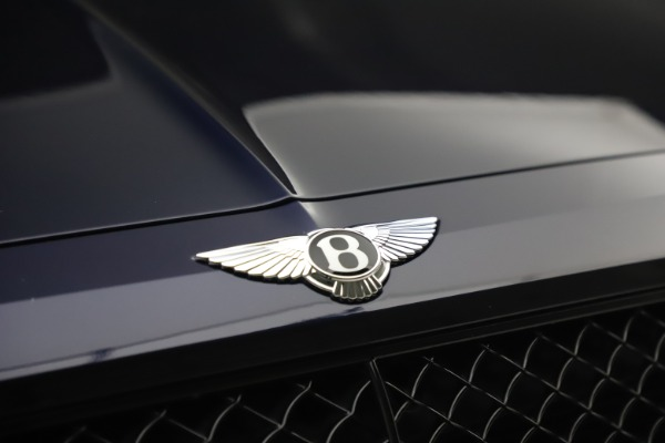 Used 2018 Bentley Bentayga W12 Signature for sale $154,900 at Bugatti of Greenwich in Greenwich CT 06830 14