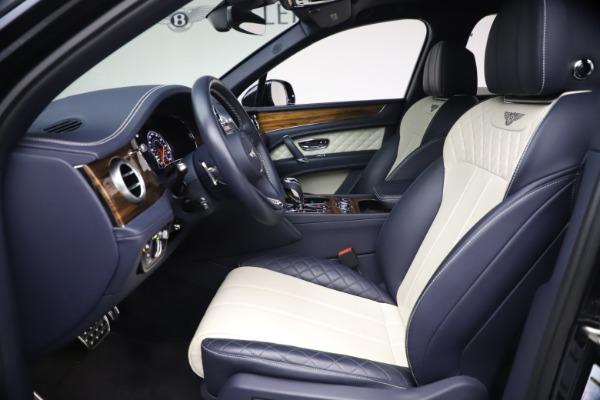 Used 2018 Bentley Bentayga W12 Signature for sale $154,900 at Bugatti of Greenwich in Greenwich CT 06830 18