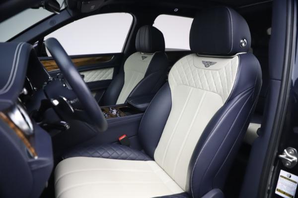 Used 2018 Bentley Bentayga W12 Signature for sale $154,900 at Bugatti of Greenwich in Greenwich CT 06830 19