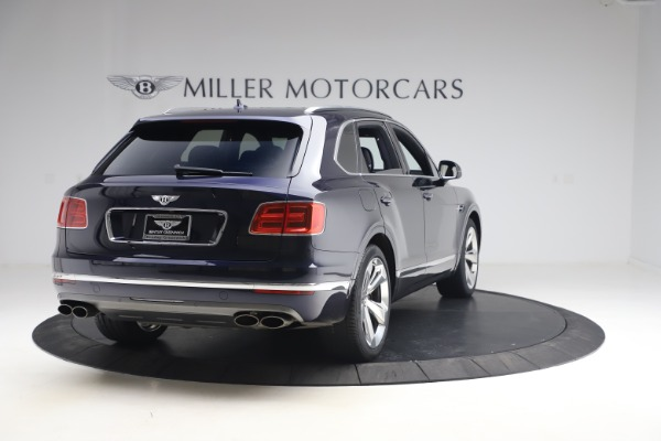 Used 2018 Bentley Bentayga W12 Signature Edition for sale $149,900 at Bugatti of Greenwich in Greenwich CT 06830 7