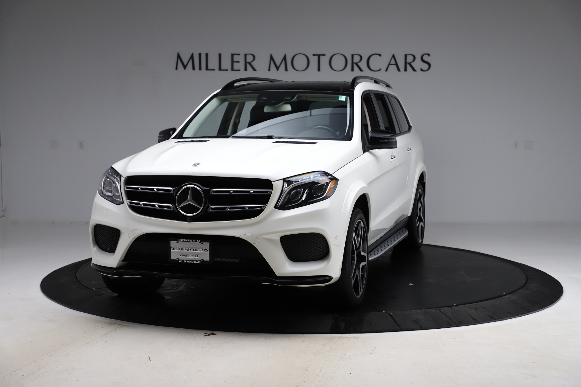 Used 2018 Mercedes-Benz GLS 550 for sale $67,900 at Bugatti of Greenwich in Greenwich CT 06830 1