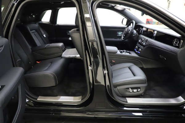 New 2021 Rolls-Royce Ghost for sale $370,650 at Bugatti of Greenwich in Greenwich CT 06830 21
