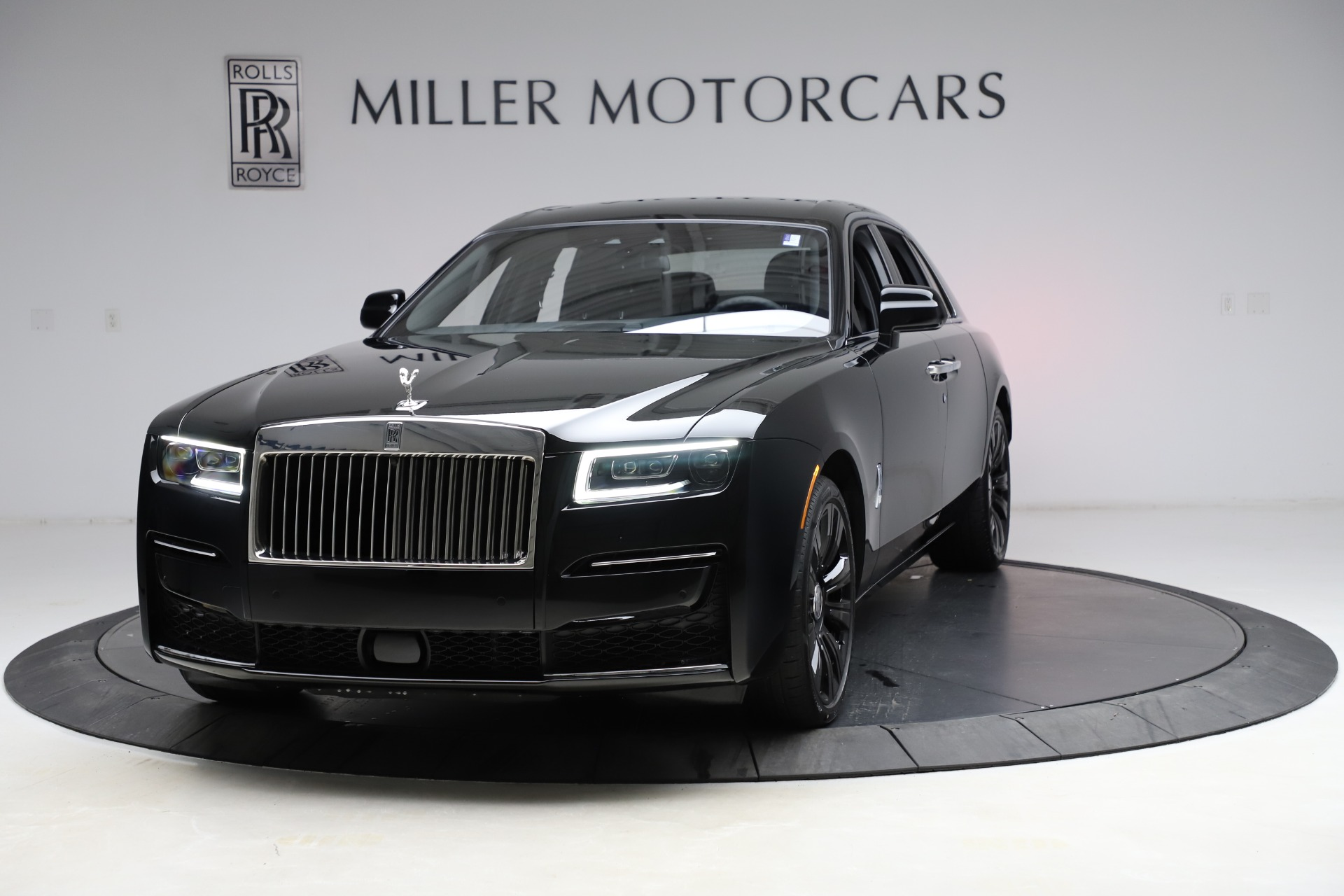 New 2021 Rolls-Royce Ghost for sale $370,650 at Bugatti of Greenwich in Greenwich CT 06830 1
