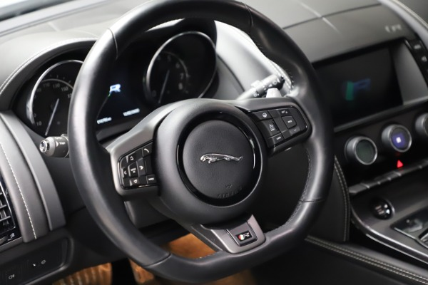 Used 2016 Jaguar F-TYPE R for sale $58,900 at Bugatti of Greenwich in Greenwich CT 06830 16