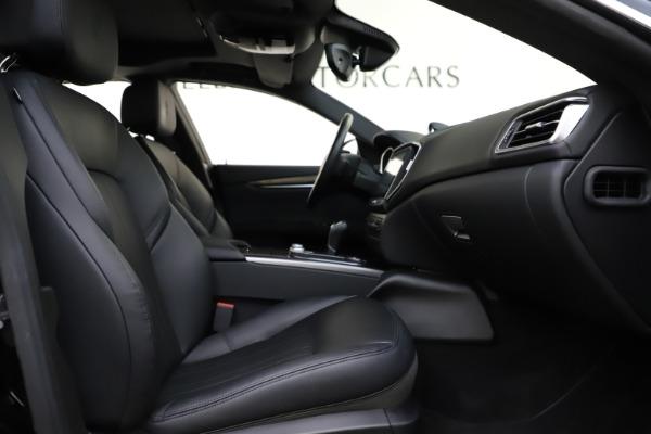 Used 2017 Maserati Ghibli S Q4 for sale $44,900 at Bugatti of Greenwich in Greenwich CT 06830 23